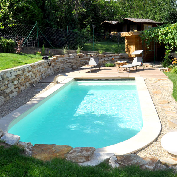 Pool im Anschluss an die Terrasse - gartencraft
